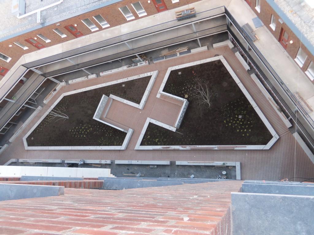 Kunststof vlonders - Binnentuin Ijmuiden5