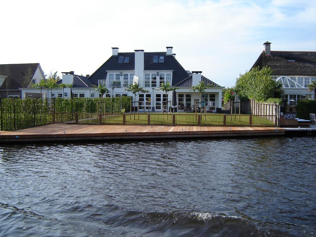 Steiger & terras - Uiterweg Aalsmeer2